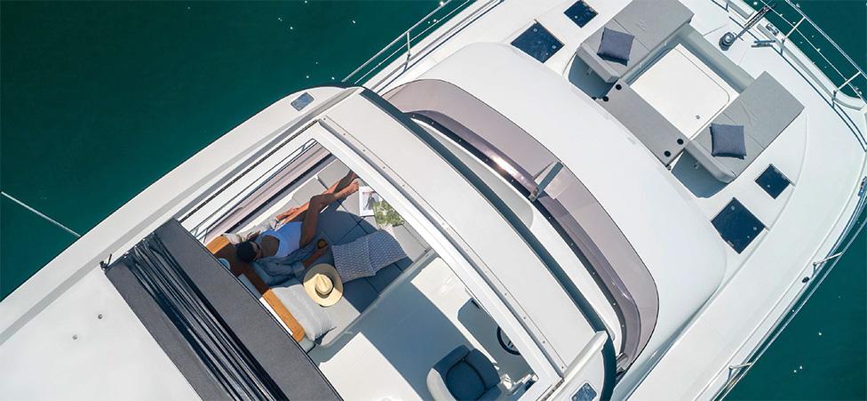 brochure-2020-motor-yachts-num-11