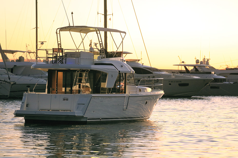 Beneteau Swift Trawler 35: A Market Revolution
