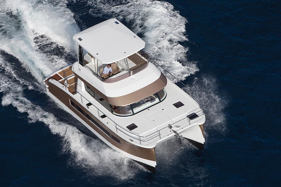 Fountaine Pajot MY37 Motor Yacht